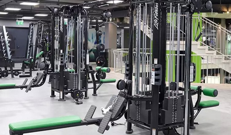 What's Best - Cable Machines Or Free Weights?